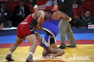 London2012FreestyleWrestling YazdaniMusaev (35).jpg