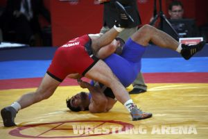 London2012FreestyleWrestling YazdaniMusaev (36).jpg