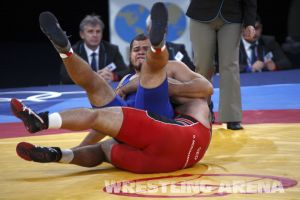 London2012FreestyleWrestling120kgModzmanashvili (15).jpg