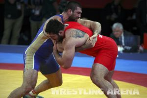 London2012FreestyleWrestling120kgModzmanashvili Makhov  (10).jpg