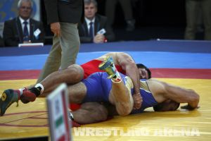 London2012FreestyleWrestling120kgModzmanashvili Makhov  (21).jpg