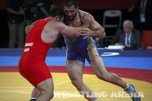 London2012FreestyleWrestling120kgModzmanashvili Makhov  (29).jpg