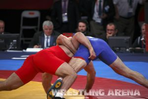London2012FreestyleWrestling120kgModzmanashvili Makhov  (37).jpg