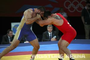 London2012FreestyleWrestling120kgModzmanashvili Makhov  (4).jpg