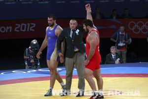 London2012FreestyleWrestling120kgModzmanashvili Makhov  (45).jpg
