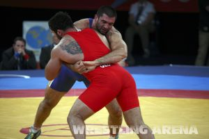London2012FreestyleWrestling120kgModzmanashvili Makhov  (6).jpg