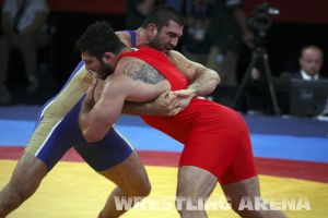 London2012FreestyleWrestling120kgModzmanashvili Makhov  (9).jpg