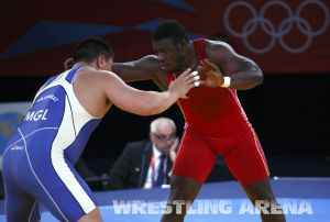 London2012FreestyleWrestling120kgChuulunbat Ndiaye (6).jpg