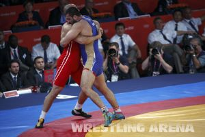London2012FreestyleWrestling120kgMakhov Shabanbay (6).jpg