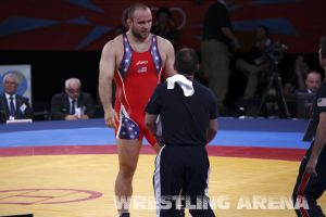 London2012FreestyleWrestling120kgDlagnev Shemarov  (13).jpg