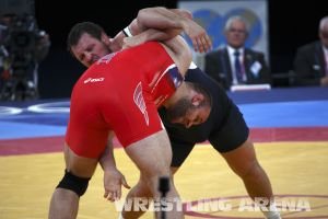 London2012FreestyleWrestling120kgDlagnev Shemarov  (23).jpg