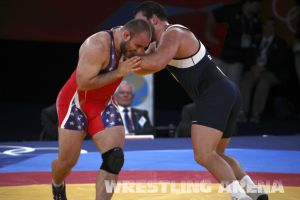 London2012FreestyleWrestling120kgDlagnev Shemarov  (30).jpg