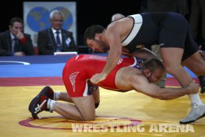 London2012FreestyleWrestling120kgDlagnev Shemarov  (4).jpg