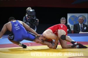 London2012FreestyleWrestling120kgDlagnev Ismail (27).jpg