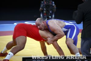 London2012Freestyle Wrestling120kgTaymazov Matuhin  (10).jpg