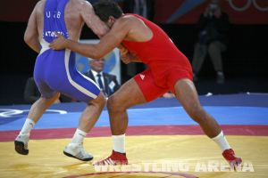 London2012Freestyle Wrestling120kgTaymazov Matuhin  (25).jpg