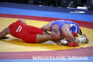 London2012Freestyle Wrestling120kgTaymazov Matuhin  (35).jpg