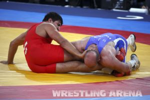 London2012Freestyle Wrestling120kgTaymazov Matuhin  (37).jpg