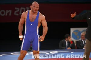 London2012Freestyle Wrestling120kgTaymazov Matuhin  (40).jpg