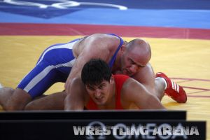 London2012Freestyle Wrestling120kgTaymazov Matuhin  (53).jpg
