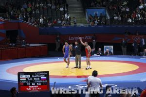 c17-London2012FreestyleWrestling66kg (4).jpg