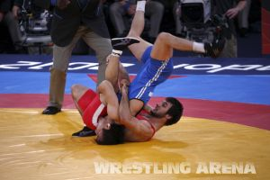 London2012FreestyleWrestling66kgTanatarov Sahin (16).jpg