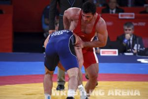 London2012FreestyleWrestling84kgAldatov Sokhiev (51).jpg