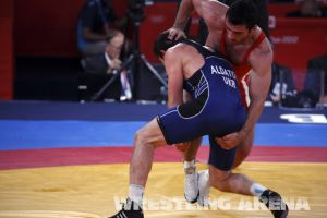 London2012FreestyleWrestling84kgAldatov Sokhiev (52).jpg