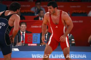 London2012FreestyleWrestling84kgAldatov Sokhiev (61).jpg
