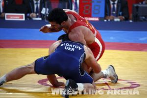 London2012FreestyleWrestling84kgAldatov Sokhiev (62).jpg