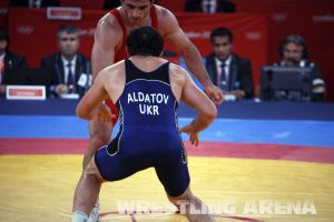 London2012FreestyleWrestling84kgAldatov Sokhiev (64).jpg