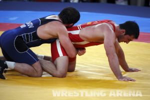 London2012FreestyleWrestling84kgAldatov Sokhiev (67).jpg