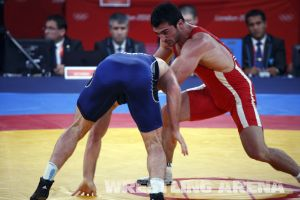 London2012FreestyleWrestling84kgAldatov Sokhiev (76).jpg