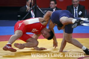 London2012FreestyleWrestling84kgMarsagishvili Orgodol (15).jpg