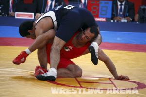 London2012 Freestyle Wrestling 84kg Gattsiev Louafi (37).jpg