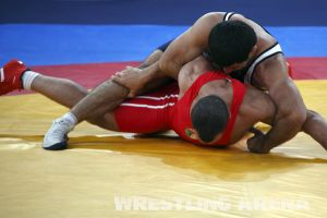 London2012 Freestyle Wrestling 84kg Gattsiev Louafi (4).jpg