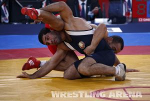 London2012 Freestyle Wrestling 84kg Gattsiev Louafi (47).jpg