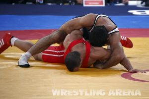 London2012 Freestyle Wrestling 84kg Gattsiev Louafi (7).jpg