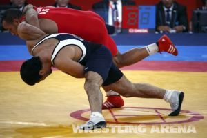 London2012 Freestyle Wrestling 84kg Gattsiev Louafi (9).jpg