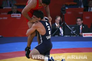 London2012FreestyleWrestling84kgSharifov Bolukbasi (26).jpg
