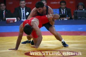 London2012FreestyleWrestling84kgSharifov Bolukbasi (36).jpg