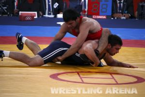London2012FreestyleWrestling84kgSharifov Bolukbasi (43).jpg