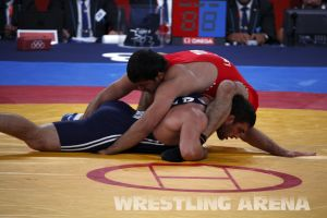 London2012FreestyleWrestling84kgSharifov Bolukbasi (44).jpg