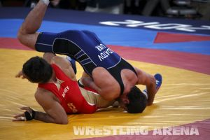 London2012FreestyleWrestling84kgUrishev Aldatov (20).jpg