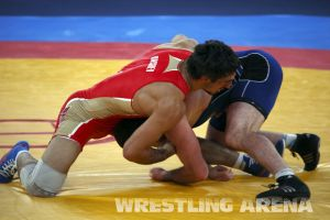 London2012FreestyleWrestling84kgUrishev Aldatov (22).jpg