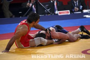 London2012FreestyleWrestling84kgUrishev Aldatov (32).jpg
