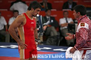 London2012FreestyleWrestling84kgUrishev Aldatov (33).jpg