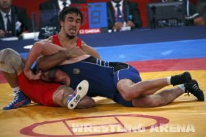London2012FreestyleWrestling84kgUrishev Aldatov (39).jpg