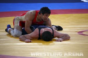 London2012FreestyleWrestling84kgUrishev Aldatov (58).jpg