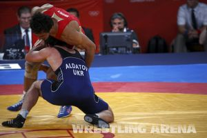 London2012FreestyleWrestling84kgUrishev Aldatov (60).jpg